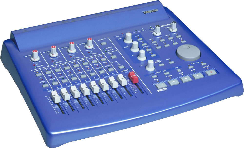 US-428 | FEATURES | TASCAM - United States